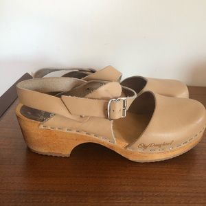 VINTAGE 70s Olof Daughters Swedish Leather Clogs